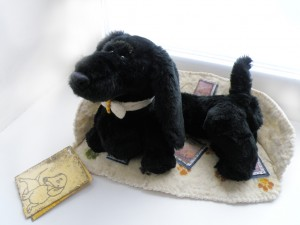 Black dachshund dog. Mint-Bird (2010)